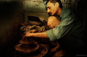 Traditional pottery making in Dharavi, Mumbai