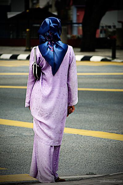 Malaysian girl in baju kurung in Kuala Lumpur, Malaysia
