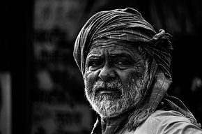 Portrait of an old man from Null bazaar, Mumbai, India