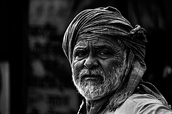 Portrait of an old man from Null bazaar, Mumbai, India