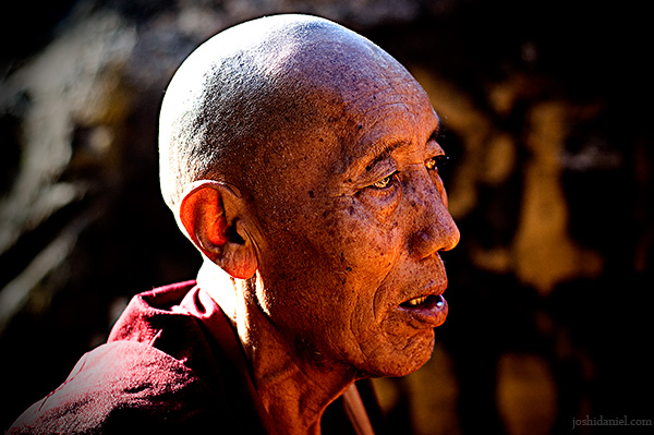 Portrait of an old buddhist monk from Mcleod Ganj, Dharamsala, India