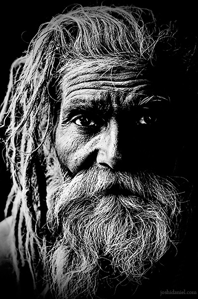 Black and white portrait of a naga sadhu from Kumbh Mela 2010 in Haridwar