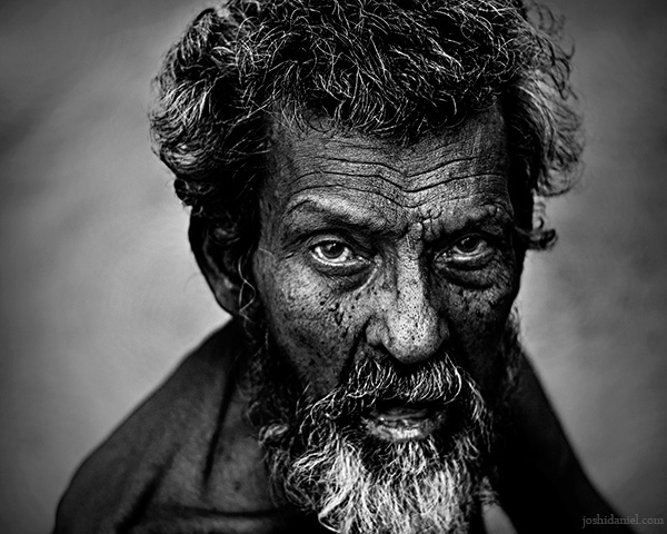 Haggard face of an old man from East Fort in Trivandrum