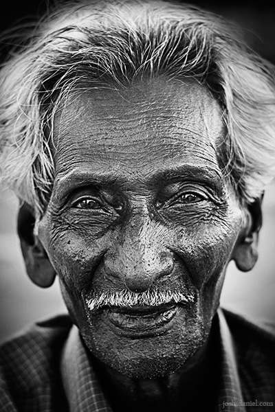 Black and white portrait of an old man from Tamil Nadu, India