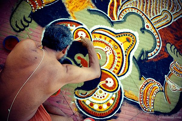 Ayyappan Theeyattu: Kalamezhuthu (Drawing the Kalam of Lord Ayyappa)