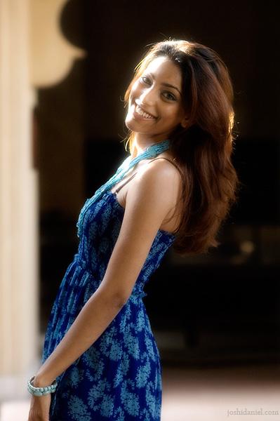 Sunlit portrait of female model Hinna Hussain