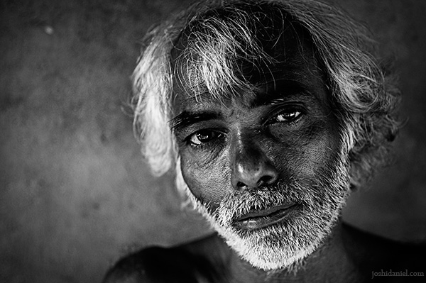 Black and white portrait of a man from Kumta in Karnataka