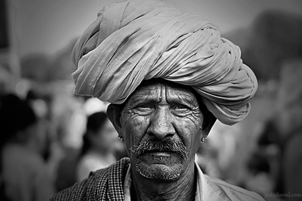 Portrait of a man with turban from Kumbh Mela 2010 in Haridwar