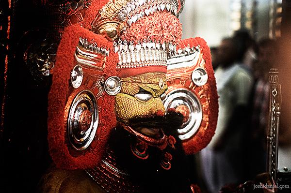 Muthappan Theyyam performance at Parassinikkadavu temple in Kannur
